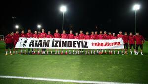 Son Dakika Haberi | Milli futbolcular, Büyük Önder Atatürkü andı