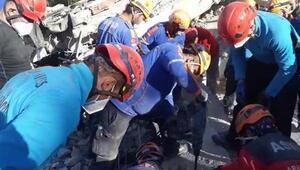 İzmirden dönen 25 kişilik AFAD ekibi koronavirüs karantinasında