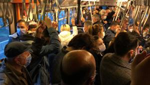 Metroda sabah akşam sosyal mesafesiz yolculuk