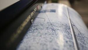Son dakika... Kuşadası Körfezinde korkutan deprem İzmir ve çevresindeki illerde hissedildi...