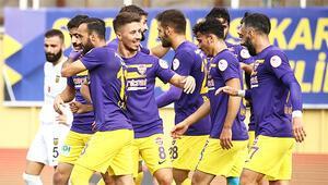 2. Lig Kırmızı Grupta Eyüpspor seriyi 6 maça çıkardı, Sakaryaspor hayal kırıklığı yarattı