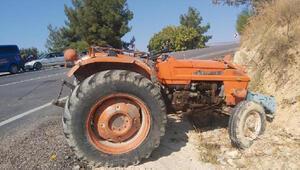 Karamanda traktör devrildi; sürücü yaralandı, eşi öldü