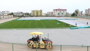 Silopideki stadyum sentetik çimle kaplanıyor