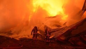 Siteler'de korkutan yangın
