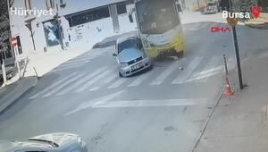 Özel halk midibüsü ile otomobil çarpıştı: Çok sayıda yaralı var