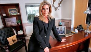 Mansfield Town Başkanı Carolyn Radforda silahlı saldırı