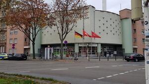 Almanyada camiye bomba ihbarı paniğe neden oldu