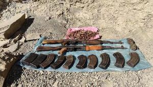 Vanda PKKya ait silah ve patlayıcılar ele geçirildi
