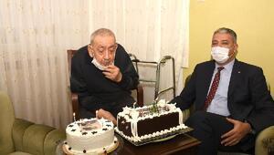 Emekli başkomisere 100'üncü yaş sürprizi
