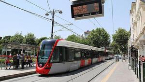 Kabataş-Bağcılar tramvay hattındaki kaza seferleri aksattı