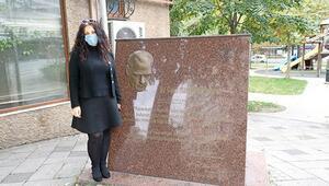 Atatürk maskı çalındı