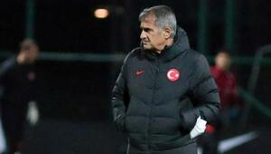 Son dakika | A Milli Futbol Takımımızda 4 futbolcu aday kadrodan çıkartıldı