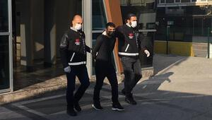 Kocaeli'de otomobilden 200 bin TL çalan 3 hırsız yakalandı