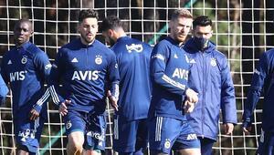 Son dakika | Fenerbahçede sakatlardan müjde Serdar Aziz, Sosa ve Samatta takımla çalıştı...