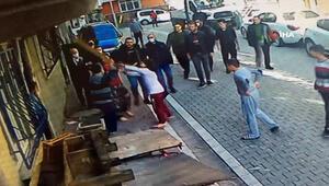 Esenyurt'ta baz istasyonu yüzünden tekme tokat kavga