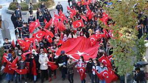 Hakkariden Diyarbakırdaki annelere destek yürüyüşü