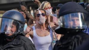 Korona krizi karşıtları Berlini karıştırdı
