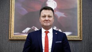 Menemen Belediye Başkanı Serdar Aksoy, CHPden istifa etti