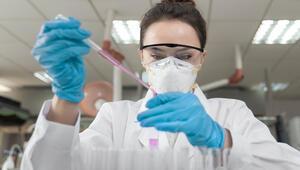 BioNTechin aşısı 65 yaş üstü kişilerde yüzde 94 etkili