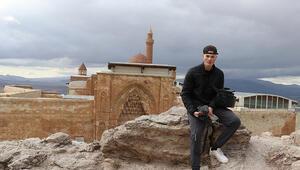 Kanadalı Müslüman gezgin Türkiyenin inanç merkezleri ve tarihi yapılarına hayran kaldı