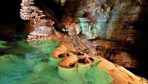 Bruniquel Mağarası'nda yapılan araştırmalar şaşırttı... İlk insanların inşa ettiği yapı bulundu