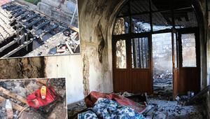 Siirtte 130 yıllık camiyi ateşe verdiler