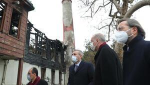 Cumhurbaşkanı Erdoğan, yanan Vaniköy Camiini ziyaret etti