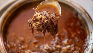 Sağlıklı beslenmek isteyenlerin favorisi: İlikli kemik suyu çorbası