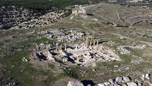 Blaundos Antik Kentinde Roma dönemine ait hamam bulundu