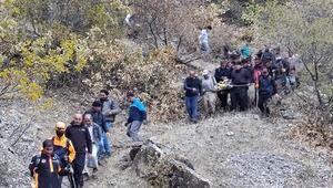 Odun toplamaya giden kişi uçurumdan düşerek hayatını kaybetti