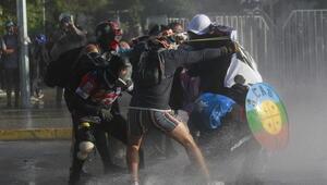 Şilide hükümet karşıtı gösteriler devam ediyor