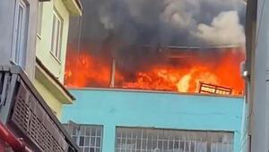 Bursadaki bir plastik firmasına ait binada yangın çıktı