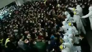 Çinde 2 kişi yüzünden 14 bin kişi karantinaya alındı