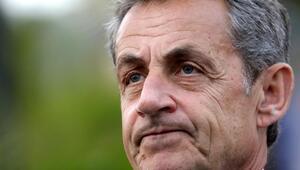 Fransa eski cumhurbaşkanı Sarkozy yolsuzluktan bugün hakim karşısına çıkacak