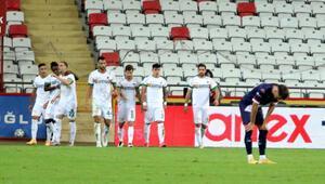 Antalyasporun 3 puan hasreti, 6 haftaya yükseldi Ersun Yanal...