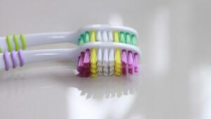 Diş Fırçanız Sağlığınız İçin Bir Tehdit mi