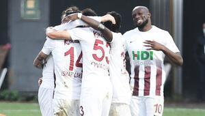 Bandırmaspor 7 maçlık galibiyet hasretini lideri yenerek dindirdi