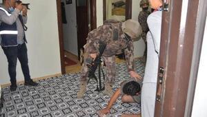 Son dakika... Adana'da şafak vakti uyuşturucu operasyonu