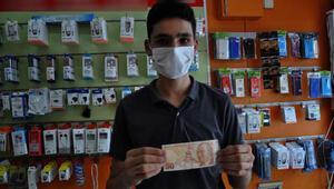 Hatalı basım 50 liraya, 50 bin lira istiyor