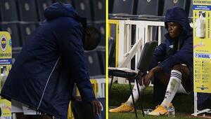 Son Dakika   Fenerbahçede Sivas Belediyespor maçı sonrası Mbwana Samattanın görüntüsü olay oldu