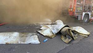 Tuzlada sünger fabrikasında yangın paniği