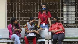 Hindistanda kadınların din değiştirmesini hedefleyen evlilikler yasaklandı