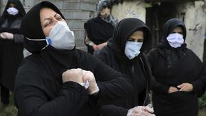 İranda son 24 saatte Kovid-19dan 469 kişi hayatını kaybetti