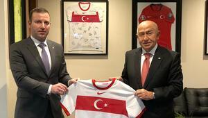 Azerbaycan Futbol Federasyonu Genel Sekreteri, TFF Başkanı Nihat Özdemiri ziyaret etti