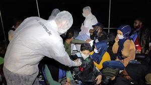 Kuşadasında, Türk karasularına geri itilen 27 sığınmacı kurtarıldı