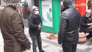 Taksim'de akıl almaz görüntüler: Bir yanda dilencilerin rant kavgası, diğer yanda boğazına jilet dayayan dolandırıcı.