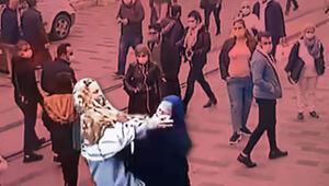 Son dakika... Taksimin göbeğinde ilginç kavga Herkes durdu onları izledi...