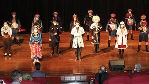 Halk dansları yarıştı