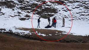 İran sınırında 3 kaçak göçmen donarak öldü