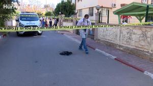 Sokak ortasında yunus polisi teçhizat ve üniforması yaktılar